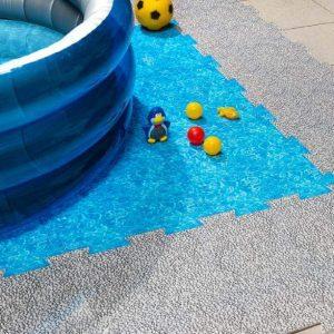 Dekorativna podloga za zascito tal Plastonda Floor za bazene kombinacija