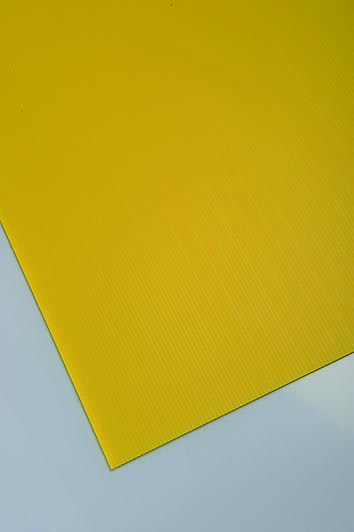Plastonda žuta boja