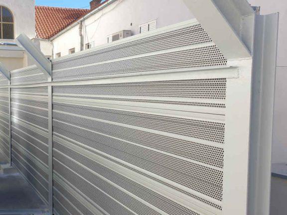 Zvukoupojni aluminijski paneli za zaštitu od buke dizalica topline Split
